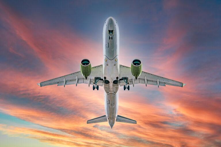 【イギリス】政府、ゼロエミッション航空機開発支援に7.7億円助成。SAF開発・普及には28億円